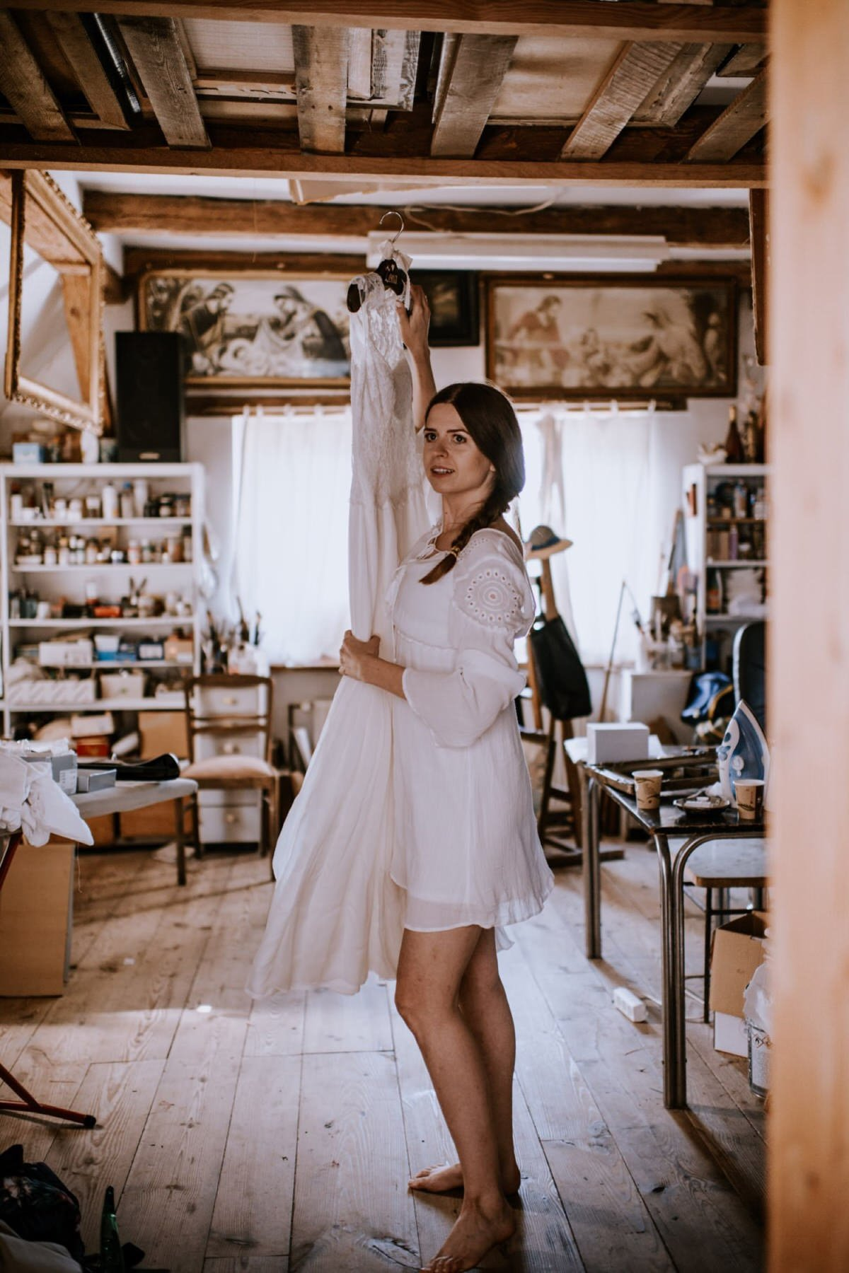boho rockowy ślub w Stodole u Babci Magdy, najlepszy fotograf ślubny Poznań, suknia Anna Kara, ogórkiem do ślubu, Ceglarnia, panna młoda