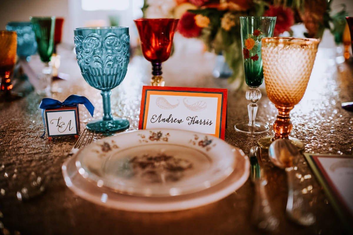 cekinowy obrus na wesele
