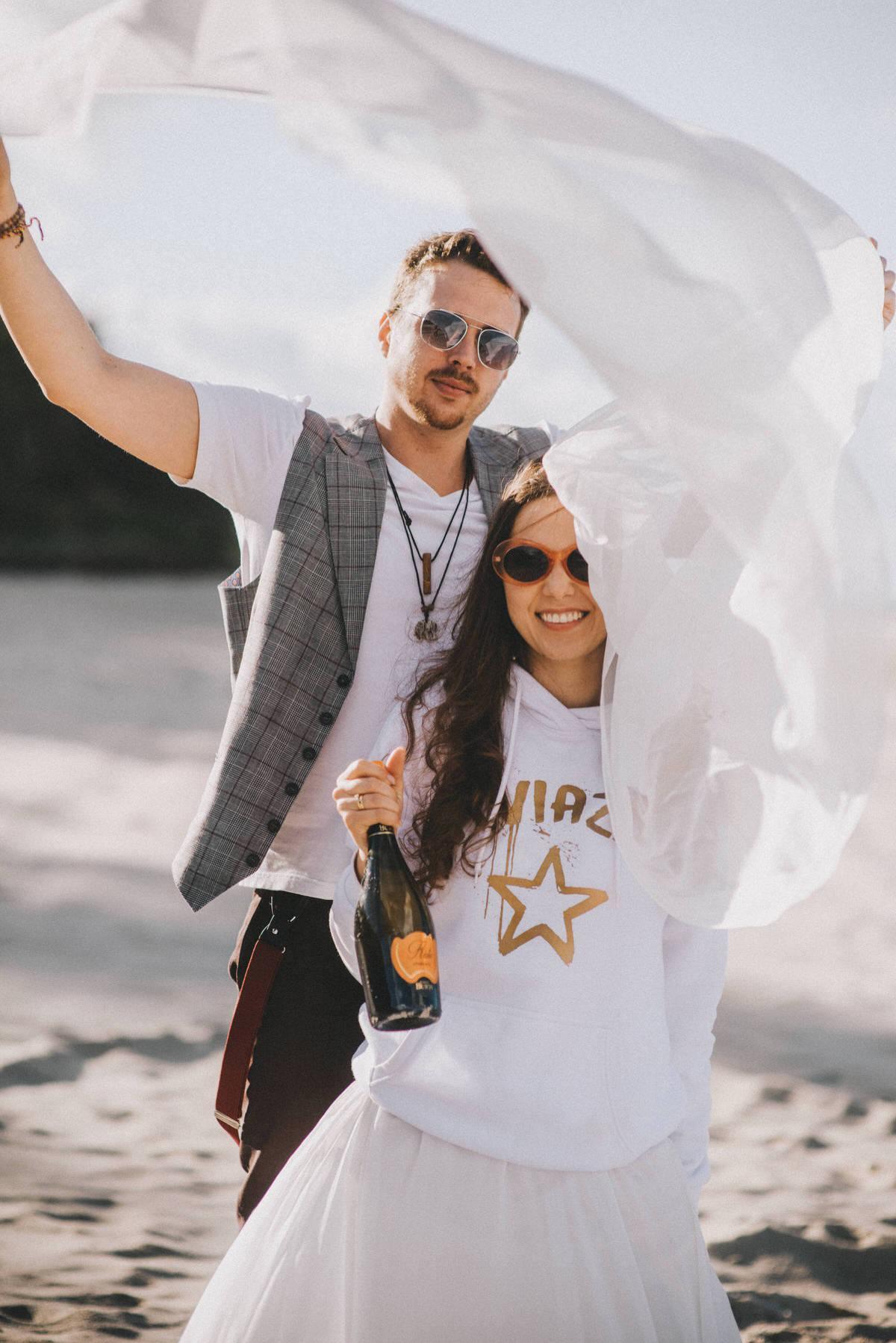 fotograf slubny Magdalena Piechota sesja ślubna na plaży