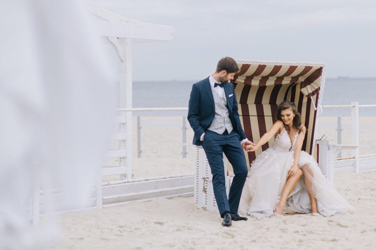 romantyczna sesja poslubna na plazy