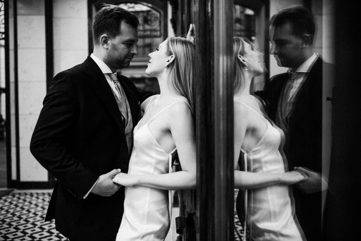 paryski romans elegancka sesja ślubna